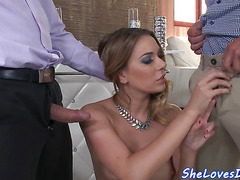 Spitroasted babe doublepenetrated after bj