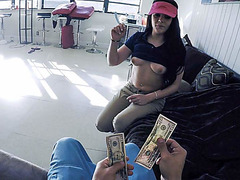 Pizza delivery girl fucks for cash on video