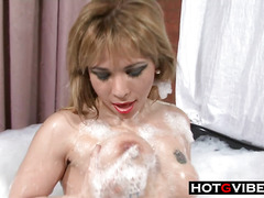 HotTub Fuck MILF Gives In To Young Stud
