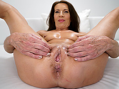 Old woman is ready for some sex!