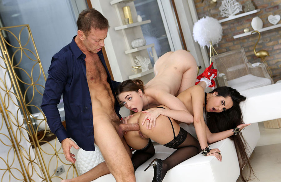 Horny Rocco Siffredi Loves Fucking Monica Brown And Lena Reif
