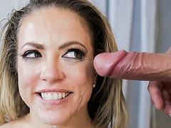 Peter Green's huge cock cums on Carmen's pretty milf face