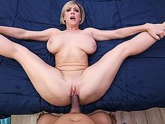 Horny milf Dee begs for Tonys veiny dick inside of her muff