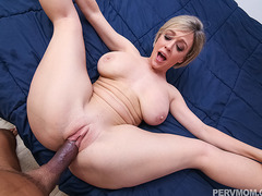 Dee Williams begs stepson to fuck her hungry cunt
