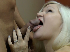 Lacey spread her legs wide for a nice lick and pussy pounding
