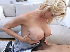 Huge boobs mom Alexis Fawx made sure I was comfortable