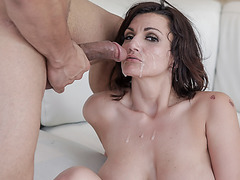 A hardcore fingering for to release Becky's stress