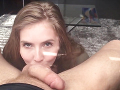 Very sexy MILF giving great head part1