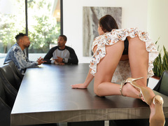 Isiah Shares His Personal Assistant With Top Employees - Aidra Fox