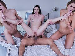 Johnny splash his big load Avery, Charlotte and Jenna's pretty face