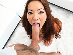 Morgan Lee is preparing her tight pussy for the incoming monster cock