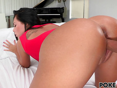 Teen Gianna Nicole has big meat for lunch