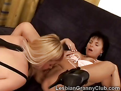 Brunette grandma eats her best friends nasty old pussy