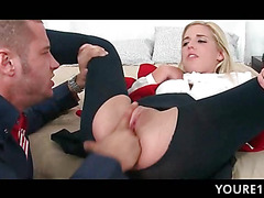 Blonde school doll gets tiny cunt licked