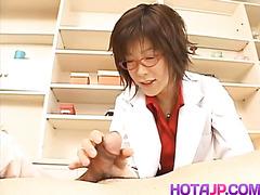 Kasumi Uehara kinky doctor strokes penis