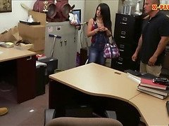Cuban babe fucked in the pawnshop for TV