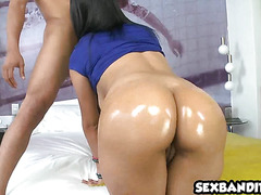 Caliente latina bomshell is a pro 23