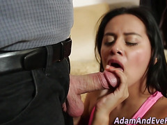 Latina slut sucking dong