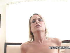 Jessie Fontana gets her mature pussy pounded