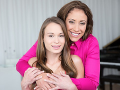 MILF Eva Notty gives teen Kaci Lynn lesson in sex education