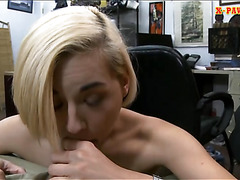 Blond sells subwoofer speaker and fucked for some money