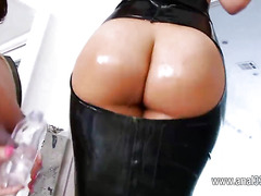 ultra hot beauty love toy in her ass
